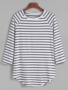 Shop Contrast Striped Raglan Sleeve Curved Hem T-shirt online. SheIn offers Contrast Striped Raglan Sleeve Curved Hem T-shirt & more to fit your fashionable needs.