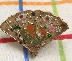 JDS Tokyo Japan Disney Store pin Goofy Omikuji 2005 #35910