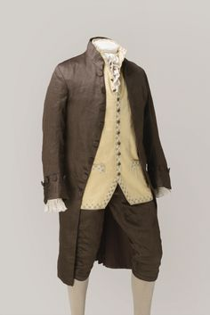 Men's period costume hire for film, television and theatre. 18th Century Clothing, 18th Century Fashion, Costume Hire, Costume Ideas, 18th Century Costume, Period Outfit, Period Costumes, Historical Clothing, Men's Clothing