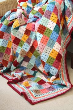The classic granny square works wonderfully to create a patchwork effect in this beautiful vintage style blanket that could be straight from Granny's attic.