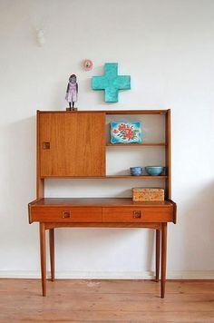 Teak secretary desk and blue cross Retro Furniture, Furniture Styles, Furniture Design, Teak Furniture, Chair Design, Mid Century Modern Design, Mid Century Modern Furniture, Modern Desk, Modern Room