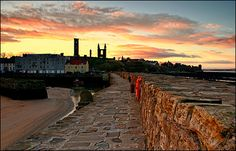 """Finishing third year student Paul Stevens took this impressive image of the """"beautiful Scottish seaside university town of St Andrews"""". Description from news.bbc.co.uk. I searched for this on bing.com/images"""