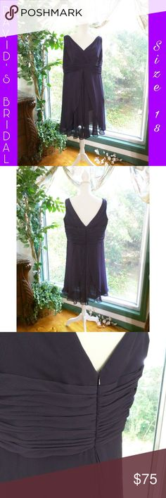 """🎉HP🎉DAVID'S BRIDAL BRIDESMAID'S DRESS EUC, Size 18, Eggplant purple, 42"""" bust, 37 1/2"""" waist, There is no stretch, 37"""" length, Shell and lining are 100% Polyester. David's Bridal Dresses Wedding"""