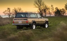 Sweet Photos of Old Jeeps—Nothing More, Nothing Less – Feature – Car and Driver