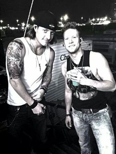 Good lord they are perfection. Tyler Hubbard and Brian Kelly Florida Georgia Line Cute Country Boys, Country Strong, Country Men, Florida Georgia Line, Country Music Artists, Country Singers, Brian Kelley, Tyler Hubbard, Raining Men