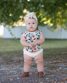 cute - Kinsley Baby Name - Ideas of Kinsley Baby Name - cute Chubby Babies, Human Babies, Funny Babies, Cute Babies, Funny Kids, Cute Little Baby, Cute Baby Girl, Little Babies, Baby Kids
