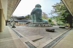 鎌倉 高徳院大仏様の後ろ姿と礎石  2016/4/10  2016/4/14  M3 -------------------------------------- どことなく寂しそうに見える大仏様の後ろ姿も絵になります人少なめで 混雑時は休憩で座っている方も多い大仏様の周りにある大きな石はかつてあった大仏殿の土台となった礎石 境内に53もある巨大な石で高さ40mを超えた大仏殿を支えていたとされています でも今大仏殿があったら鎌倉大仏らしくない感じがしますね -------------------------------------- #鎌倉 #高徳院 #大仏 #桜 #icu_japan #ptk_japan #Lovers_Nippon #team_jp_ #team_jp_東 #wu_japan  #ig_japan #Loves_Nippon #ig_today #bns_japan #igs_asia #jp_gallery #ig_sharepoint #special_spot_ #bestjapanpics #japan_daytime_view #奥行き同盟…