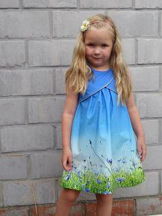 Tulip dress in Bambiblauw fabric - Cornflowers