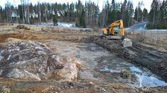 Kuoppa ja kaivuri