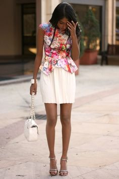 Florals and pleated skirts <3