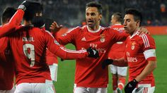 Benfica secured a brilliant aggregate win over Zenit in the Champions League and head coach Rui Vitoria praised his side's mentality. Zenit Saint Petersburg, Free Tv Streaming, Ronaldo Real Madrid, Fc Porto, Transfer News, European Football, Uefa Champions League, Thessaloniki, Lionel Messi