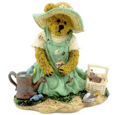 Boyds Bears Resin Tilly B Gardenbeary Sowing Seeds Figurine Height: 3.5 Inches Material: Polyresin Type: Figurine Brand: Boyds Bears Resin Item Number: Boyds Bears Resin 4027337 Catalog ID: 15658 Till