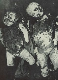In 1913, bodies of two children were discovered in the Hopetown quarry near Edinburgh. Although the bodies had been in the water at least eighteen months, a man named Sir Sydney Alfred Smith was able to provide the police with vital information. He determined how much time before their deaths the two boys had eaten their last meal, proved that they must have walked to the quarry, and hypothesised that they had been killed by someone they knew.