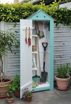 Such a cute little gardening shed!