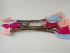 AAAAAAHHHHHHHHHHH!!!!!!!!! Sooocuteicouldscreammyheadoff!!!!! Cute Cupid's arrows!