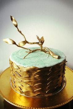 """""""Gold Driftwood Cake"""" by Connie Cupcake. -- Click-through portfolio has a number of stunning pieces, many worked with metallics."""