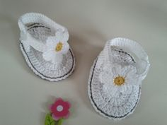 Baby-Sandalen/Flip-Flops  von Rainbow-Babydreams  auf DaWanda.com