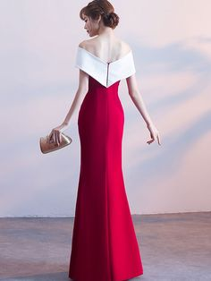 Red Long Dress Short Sleeve Off The Shoulder Two Tone Split Evening Dress – Mila… Rotes langes Kleid Kurzarm aus. Burgundy Evening Dress, Evening Dresses, Formal Dresses, Long Dresses, Day Party Outfits, Kids Outfits, Backless Long Dress, Short Sleeve Dresses, Dresses With Sleeves