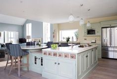 Excelent How To Make Kitchen Breakfast Bar With Contemporary Design