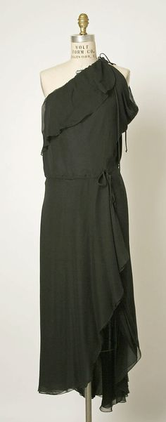 early 1980s Stephen Burrows Evening dress Metropolitan Museum of Art, NY