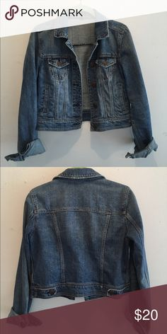 AE denim jacket Slightly cropped denim jacket. Has subtle fading down the front but no distressing. Front pockets. Great condition, no flaws. Slimmer fit. American Eagle Outfitters Jackets & Coats