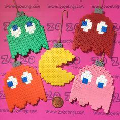 Pac-Man Christmas Pixel Baubles por ZoZoTings en Etsy