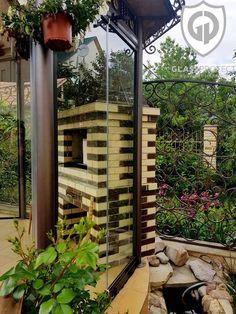 #closuresmadeofglass #glassterraces #decorationofglass #homeglass Glass Design, Arch, Outdoor Structures, Garden, Longbow, Garten, Lawn And Garden, Gardens, Wedding Arches