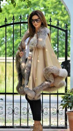 Nadire Atas on Capes and Other Stylish Fashion fox furs - cashmere silver fox fur poncho Fur Fashion, Look Fashion, Fashion Outfits, Womens Fashion, Sporty Fashion, Winter Wear, Autumn Winter Fashion, Estilo Cowgirl, Fabulous Furs