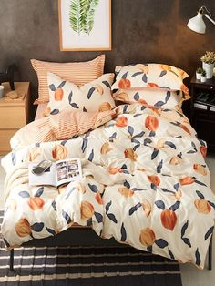 Shop Peach Print Bedding Set at ROMWE, discover more fashion styles online. Peach Bedroom, Peach Bedding, Peach Rooms, Floral Comforter, Gray Bedding, Twin Xl Bedding, Boho Bedding, Bed Sets, Home Decor Ideas