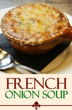 After much testing, this is definitely the BEST French Onion Soup recipe you'll find, and it's easy to make too! Learn how to make perfectly caramelized onions for the most flavorful French Onion Soup ever! Onion Soup Recipes, Easy Soup Recipes, Crockpot Recipes, Cooking Recipes, Best Onion Soup Recipe, Onion Soups, Turkey Recipes, Classic French Onion Soup, Quick And Easy Soup