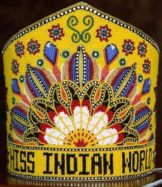 Miss Indian World Native Beading Patterns, Beadwork Designs, Native Beadwork, Native American Beadwork, Native American Art, American Indian Crafts, Powwow Regalia, Indian Quilt, Pink Crown