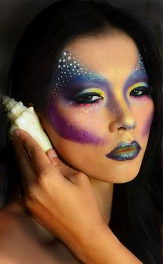 Sea monster costume inspiration--How To : Aquataenia Mermaid Makeup Look Mermaid Makeup Looks, Dragon Makeup, Cat Halloween Makeup, Beauty Makeup, Hair Makeup, Extreme Makeup, High Fashion Makeup, Theatrical Makeup, Fantasy Makeup