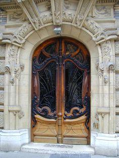 Date Photographed: 28 March 2003 Description: Paris, France: 3 Square Rapp: door (art nouveau, 1899-1900, architect Jules Lavirotte)