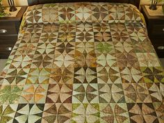 Winding Ways Quilt -- wonderful cleverly made Amish Quilts from Lancaster (hs6449)
