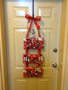 I was looking for something cheap and easy to put on our door for the Holiday Season! So, I found this on idea on etsy . Christmas Holidays, Christmas Decorations, Xmas, Christmas Baking, Christmas Ideas, Shoe Box Lids, Holiday Crafts, Holiday Decor, Arts And Crafts