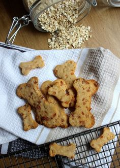 Apple and Cheddar Dog Biscuits (1)