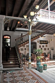 Pinang Peranakan Mansion Penang, backpackies Best Picture For asian interior cafe For Your Taste You are looking for something, and it is going to tell you exactly what you are looking for, and you di Asian Interior, Interior Styling, Interior Decorating, Interior Design, Dream Home Design, House Design, Spa Design, Philippine Houses, Colonial Style Homes