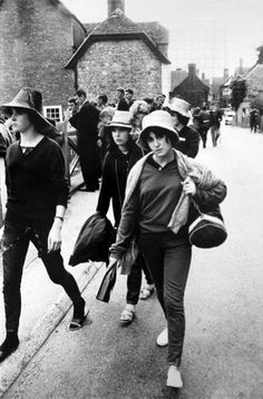 Girls Arriving, Beaulieu Jazz Festival  1961  Roger Mayne