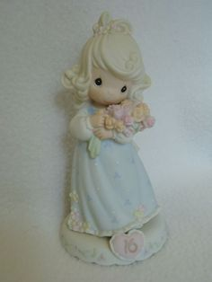 Precious Moments * Growing in Grace Sweet 16 * Enesco Figurine 136263