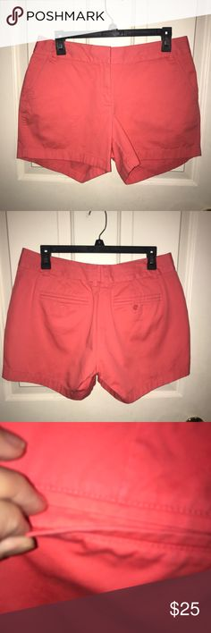 "🆕EUC❤️J.CREW❤️Melon Chino Broken-In Cotton Shorts 🆕EUC❤️J.CREW❤️Melon Chino Broken-In Cotton Shorts. Size- 10 Zip fly with hook and eye closure. 💯% Cotton.. Front side pockets. 2 Back Pockets. 1 with Button closure. The other still sewn closed. Inseam- 5"", Length- 13"". J. Crew Shorts"