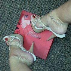 Sexy Legs And Heels, Hot High Heels, Platform High Heels, High Heels Stilettos, Stiletto Heels, Zapatillas Jordan Retro, Women's Shoes, Beautiful High Heels, Sexy Sandals