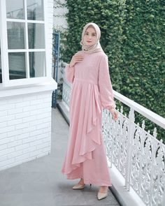 Image may contain: 1 person, standing Dress Brokat Muslim, Dress Brokat Modern, Muslim Dress, Kebaya Muslim, Dress Brukat, Hijab Dress Party, Dress Outfits, Abaya Fashion, Modest Fashion