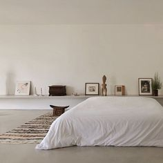 9 Outstanding Clever Hacks: White Minimalist Bedroom Shades minimalist home style bedrooms.Minimalist Living Room Apartment Home Office minimalist home exterior beautiful.Minimalist Home Style Bedrooms. Interior Design Minimalist, Minimalist Home Decor, Minimalist Bedroom, Minimalist Kitchen, Contemporary Interior, Modern Minimalist, Interior Minimalista, Minimalism Living, Style Deco