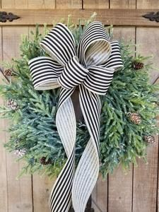 A silver Christmas decoration - HomeCNB Christmas Front Doors, Christmas Door Wreaths, Christmas Mantels, Wreaths For Front Door, Christmas Ideas, Holiday Ideas, Holiday Wreaths, Christmas Stuff, Front Porch