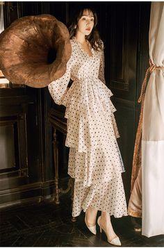 2019 new fashion women's dresses retro lantern sleeves dot dress tempe Backless Maxi Dresses, Chiffon Maxi Dress, Maxi Tshirt Dress, Chic Outfits, Dress Outfits, Cute Dresses, Vintage Dresses, Women's Dresses, Asian Fashion