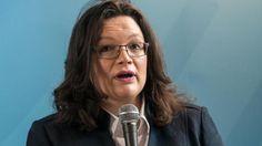 """""""Firmen sollen Flüchtlingen eine Chance geben"""": Arbeitsministerin Andrea Nahles…"""