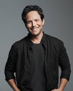 .@NBCNightShift promotes @iamscottwolf to series regular for season three http://variety.com/2015/tv/news/scott-wolf-night-shift-series-regular-1201541099/ …