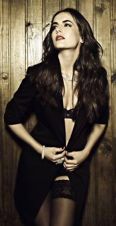 tasteful seduction - Camilla Belle