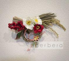 人気の紅白椿のお正月飾り❀|しめ縄・しめ飾り|Dahlia|ハンドメイド通販・販売のCreema