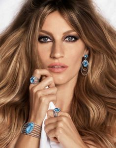 Gisele Bündchen: linda e nua na campanha 2015 da Vivara